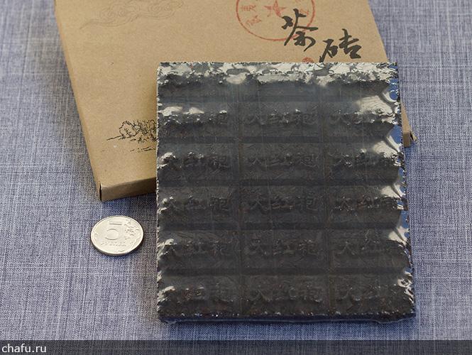 Упаковка прессованного дахунпао от Fu Tea Store