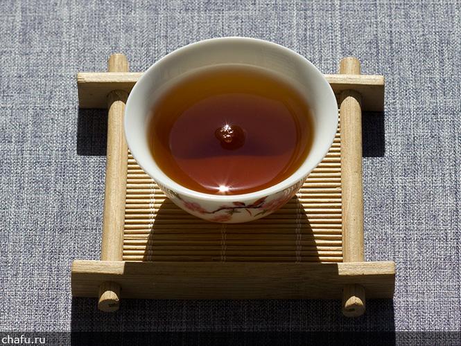 Чашка прессованного дахунпао от Fu Tea Store